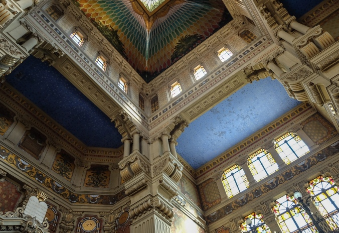 Looking up at the colorful ceiling in the synagogue