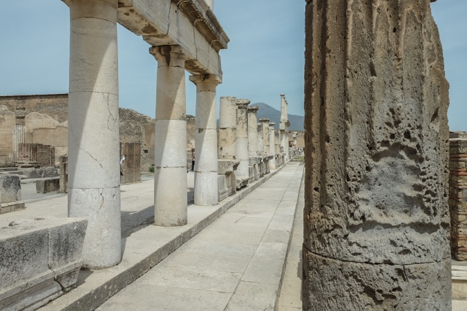 Stretch of Roman columns