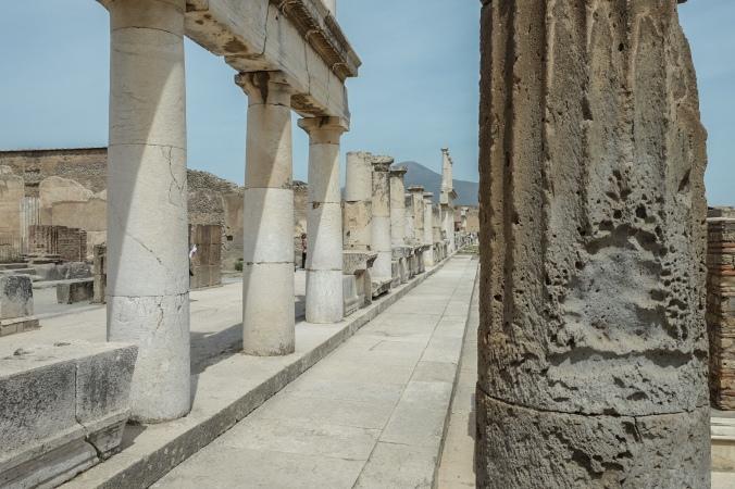 Stretch of Roman columns