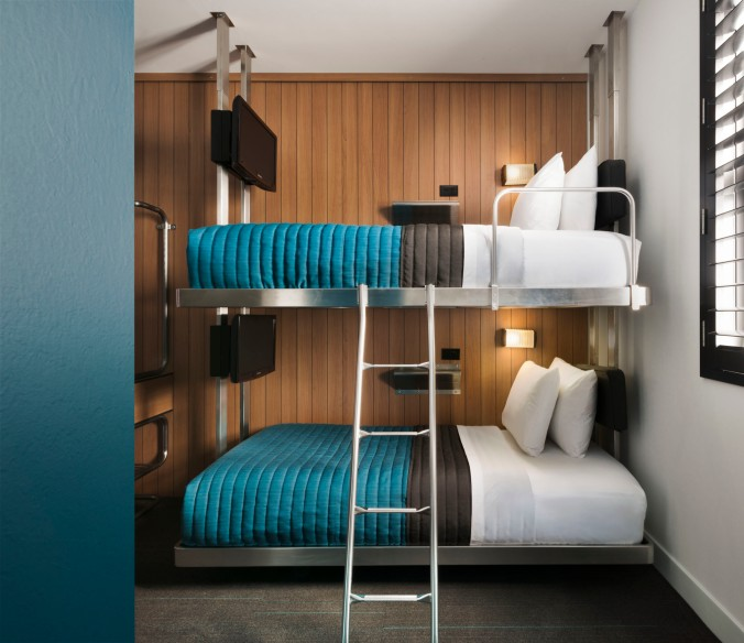 Bunk Pod Teal Beds 1125.jpg